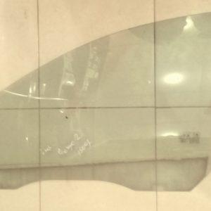 Стекло передней левой двери Ford Focus