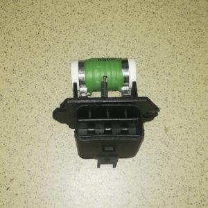 Резистор вентилятора радиатора HYUNDAI ELANTRA i30 KIA SOUL CERATO 2538507550