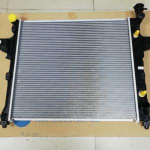Радиатор двигателя GRAND CHEROKEE
